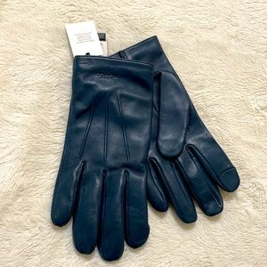 Coach leather gloves NWT